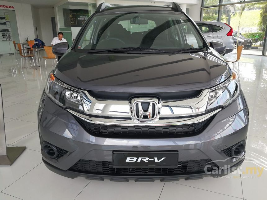 Honda BR-V 2017 E i-VTEC 1.5 in Kuala Lumpur Automatic SUV Grey for RM 82,300 - 3584808 - Carlist.my
