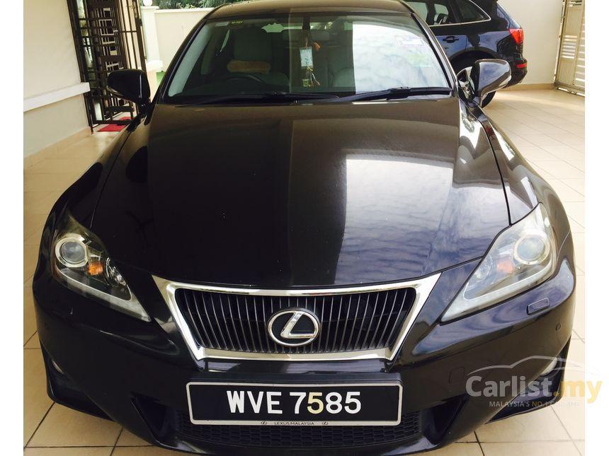 2011 Lexus IS250 Luxury Sedan