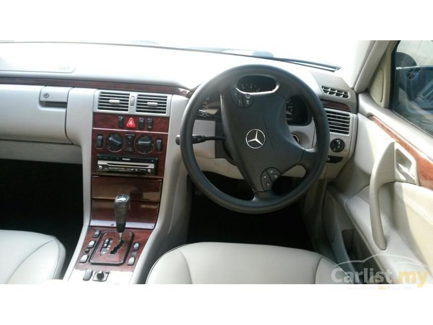 2000 Mercedes-Benz E200 Elegance Sedan