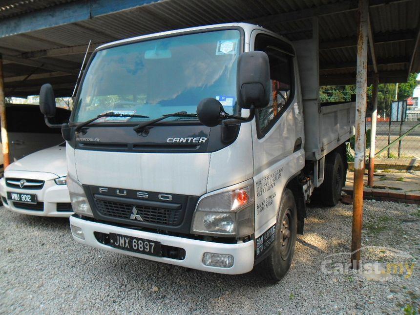 Mitsubishi Fuso FE71PB8SRDG1 LORRY (M) 2011