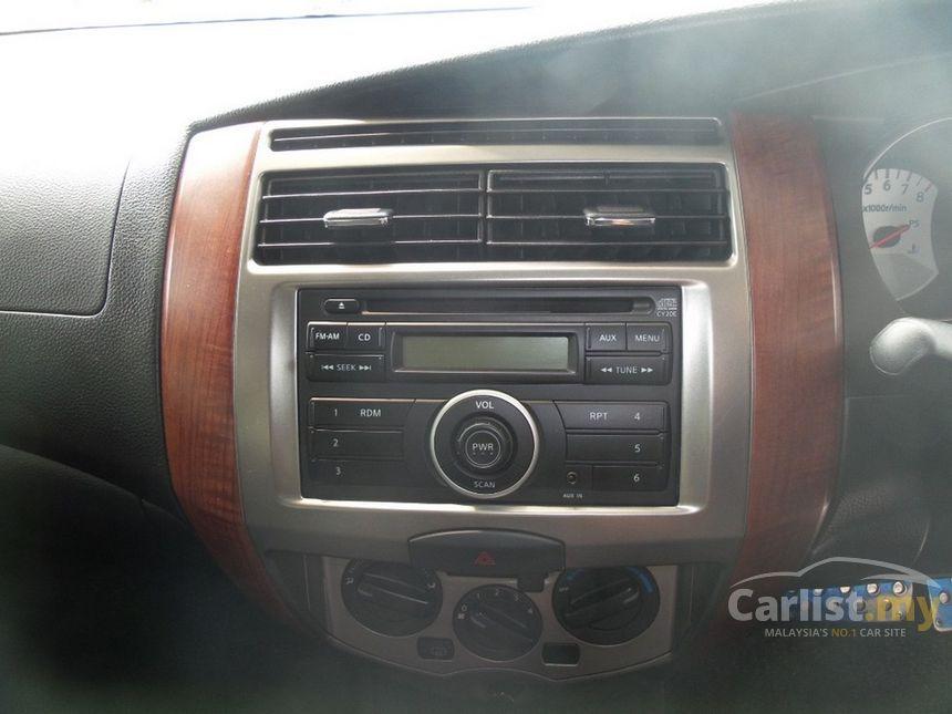 2011 Nissan Grand Livina Comfort MPV