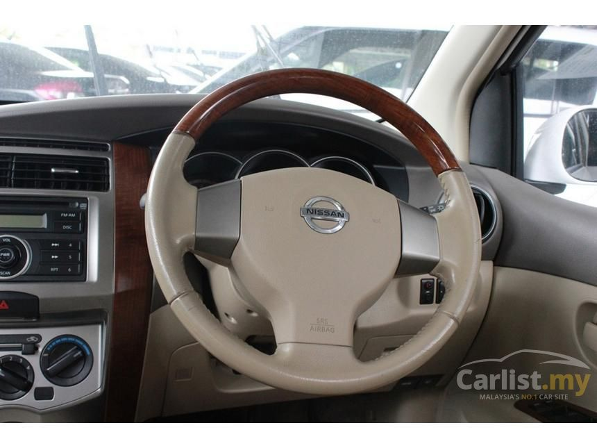 2010 Nissan Grand Livina Comfort MPV