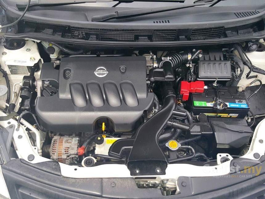2011 Nissan Grand Livina Luxury MPV