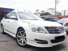 2011 Nissan Teana 2.5 (A) XV Full Spec Leather seat with Memory Original paint Excellent Condition