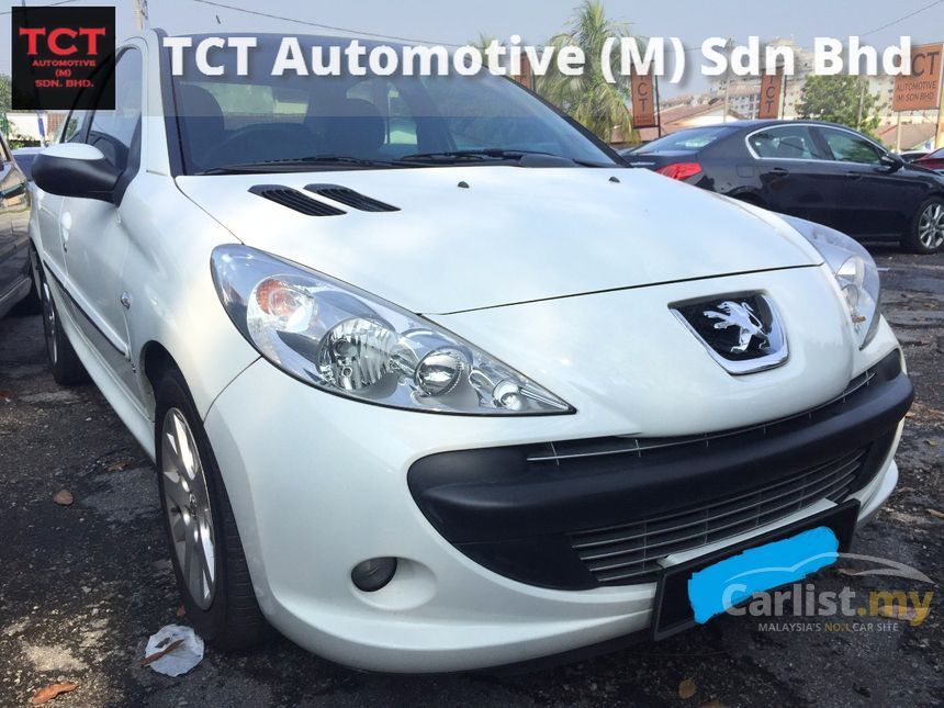 peugeot 207 2010 cc 1.6 in selangor automatic convertible white