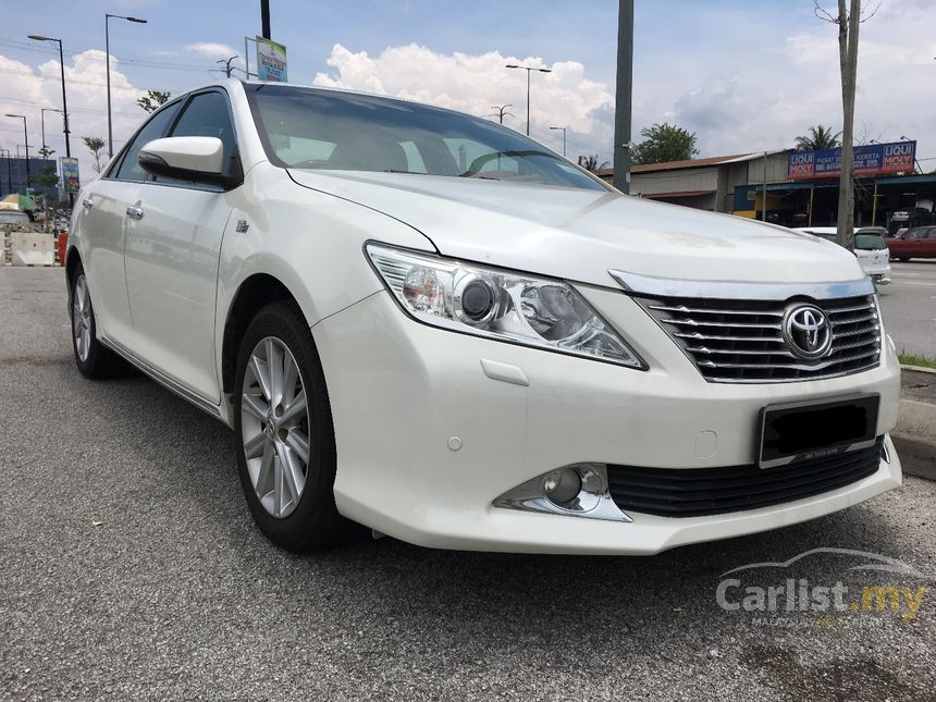 toyota camry 2013 v 2 5 in kuala lumpur automatic sedan white for rm 108 888 3771819. Black Bedroom Furniture Sets. Home Design Ideas