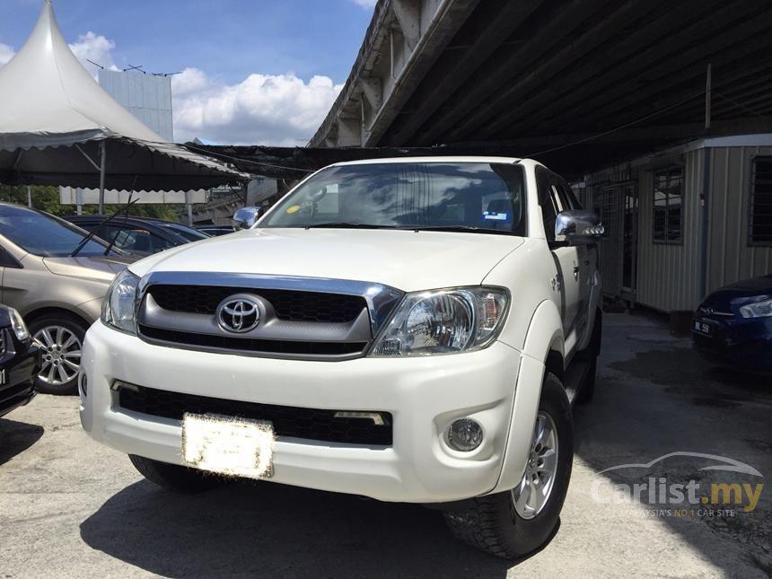 2011 Toyota Hilux G Pickup Truck