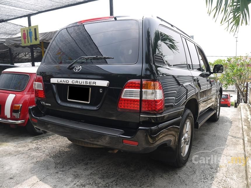 Toyota Land Cruiser 2006 In Selangor Automatic Black For