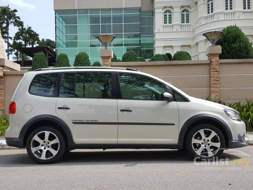 volkswagen cross touran 2011 1 4 in penang automatic mpv silver for rm 56 000 3616165. Black Bedroom Furniture Sets. Home Design Ideas