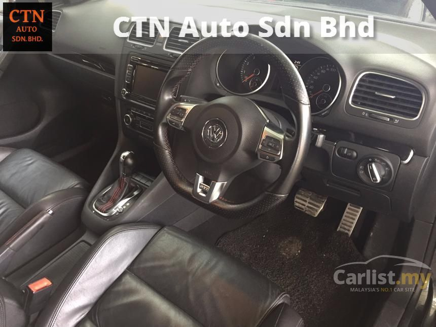 2011 Volkswagen Golf GTi Hatchback