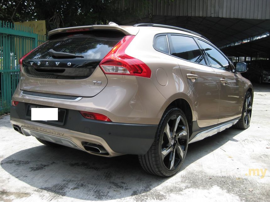 Volvo V40 Cross Country 2014 T5 2.0 in Kuala Lumpur Automatic Hatchback Bronze for RM 125,777 ...