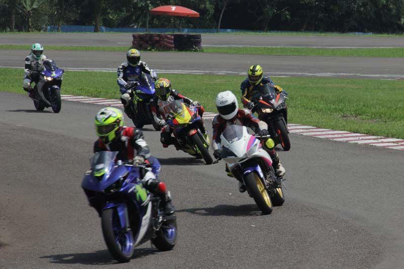 Pembalap Yamaha