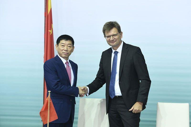 BMW Group and GWM Pabrik Mobil Listrik Mini di China