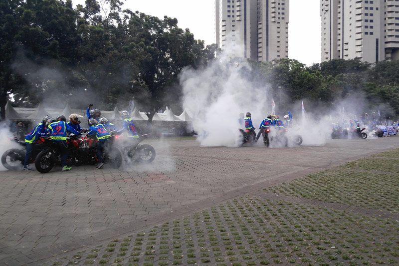 50 Freestyler Suzuki GSX-S150 Pecahkan Rekor MURI