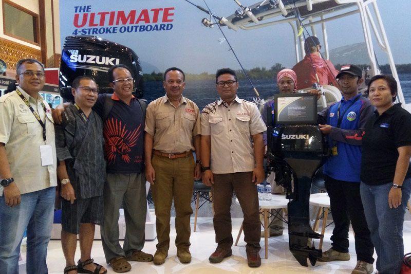 Suzuki Marine Donasikan Mesin Tempel ke SJI