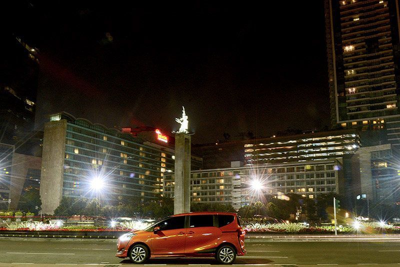 Test Drive Toyota Sienta