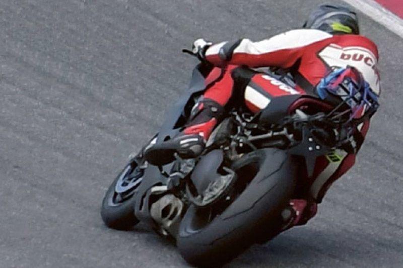 Ducati Superbike V4