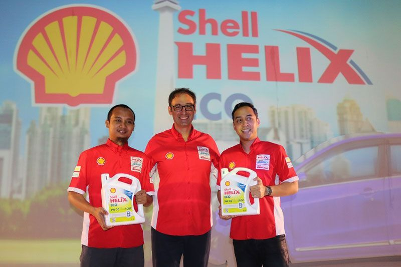 Oli Mesin Toyota Calya LCGC Shell Helix Eco