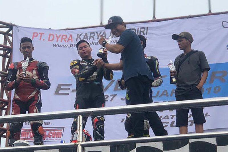 Eric Saputra Juara E-Event seri 1 Sport 250 cc 4-Tak Open