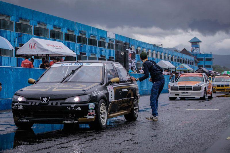Indonesia Peugeot 306 Community Hadir Dalam Kemeriahan ISSOM