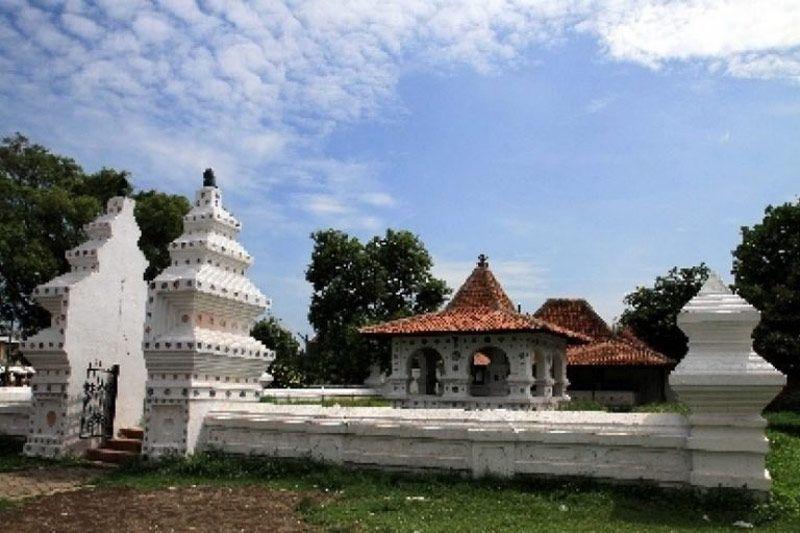 10 Tempat Wisata di Pulau Jawa