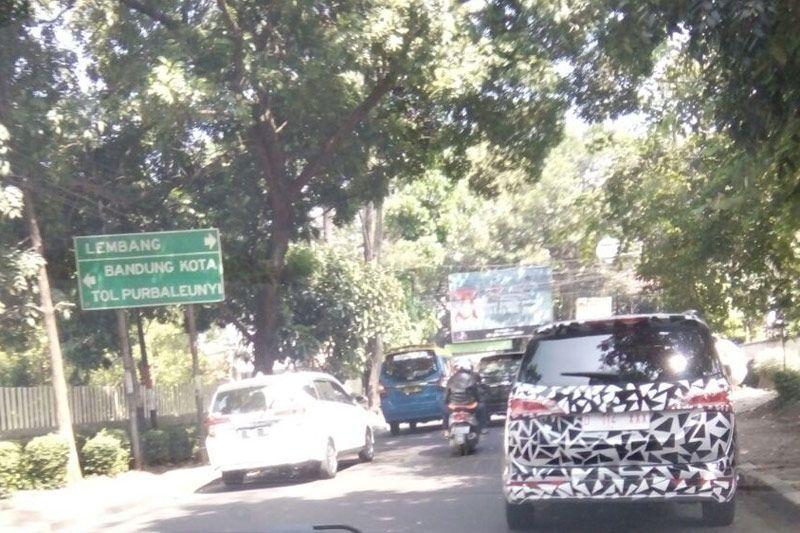 MPV Wuling pesaing Toyota Innova