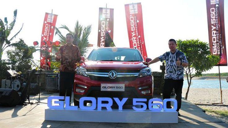DFSK Glory 560 Siap Terjang HR-V & Rush