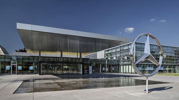 Penjualan Mercedes-Benz Q1 2020 Turun 14,9%