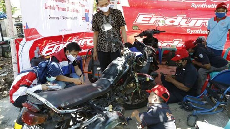 Pertamina Lubricants Latih Penyandang Difabel Ilmu Mekanik Motor