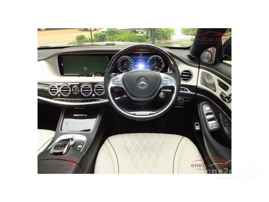 2017 Mercedes-Benz Maybach S600 Sedan