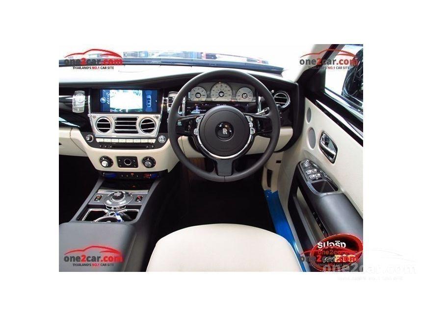 2016 Rolls-Royce Ghost Sedan