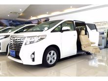 2016 Toyota Alphard (ปี 15-18) Welcab 2.5 AT Van