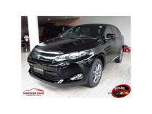 2016 Toyota Harrier (ปี 14-17) PREMIUM 2.0 AT Wagon