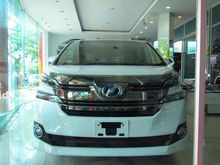 2016 Toyota Vellfire (ปี 15-18) E-Four Hybrid 2.5 AT Van