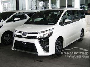 2020 Toyota Voxy 2.0 (ปี 14-17) ZS MPV AT