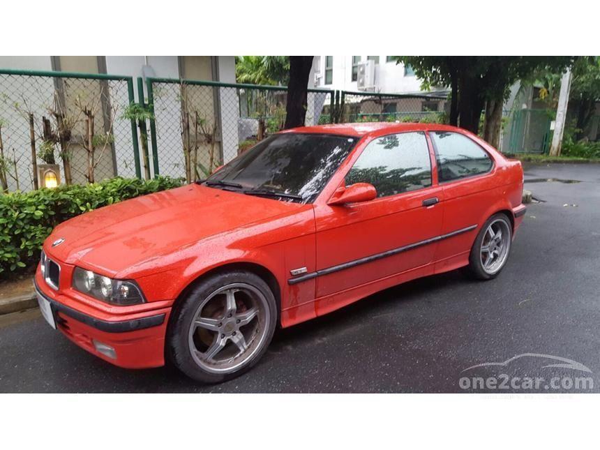 1996 BMW 316i Hatchback