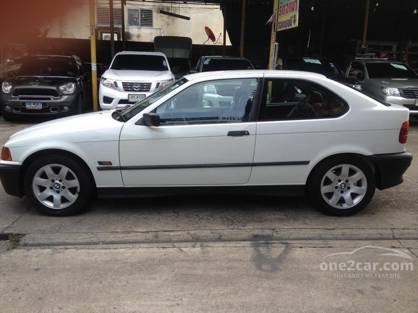 1995 BMW 316i Hatchback