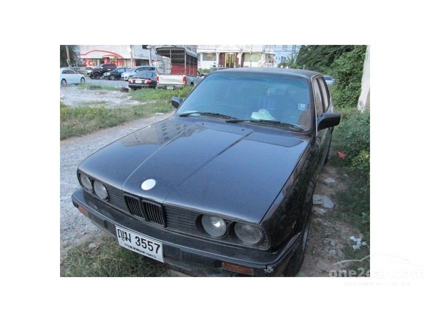 1992 BMW 318i E30 Sedan