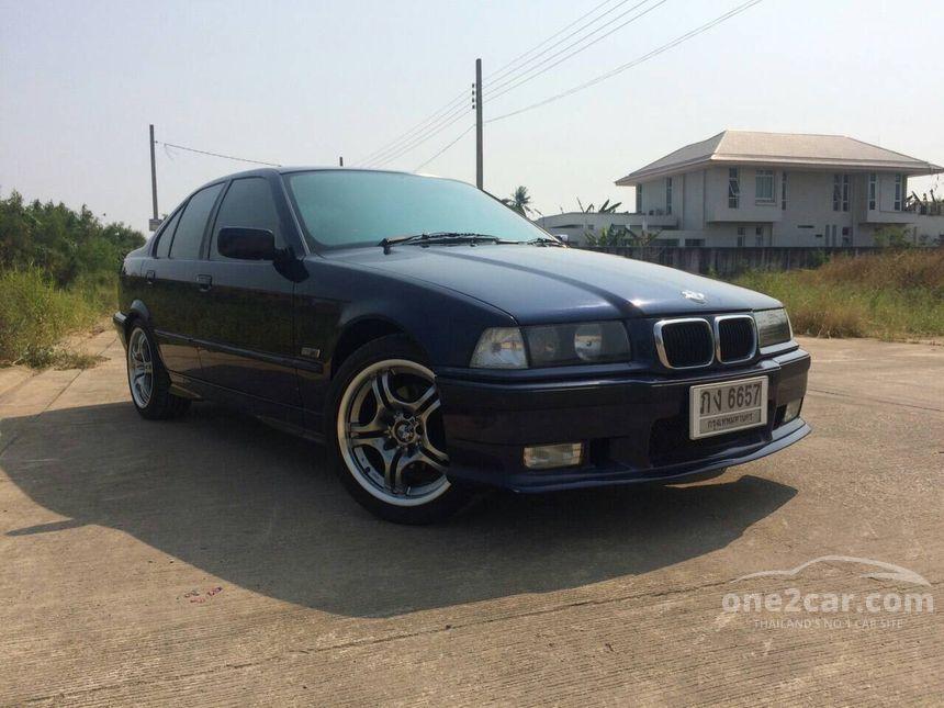1999 BMW 318i Highline Sedan