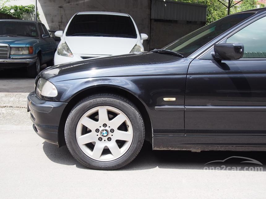 2001 BMW 318i SE Sedan