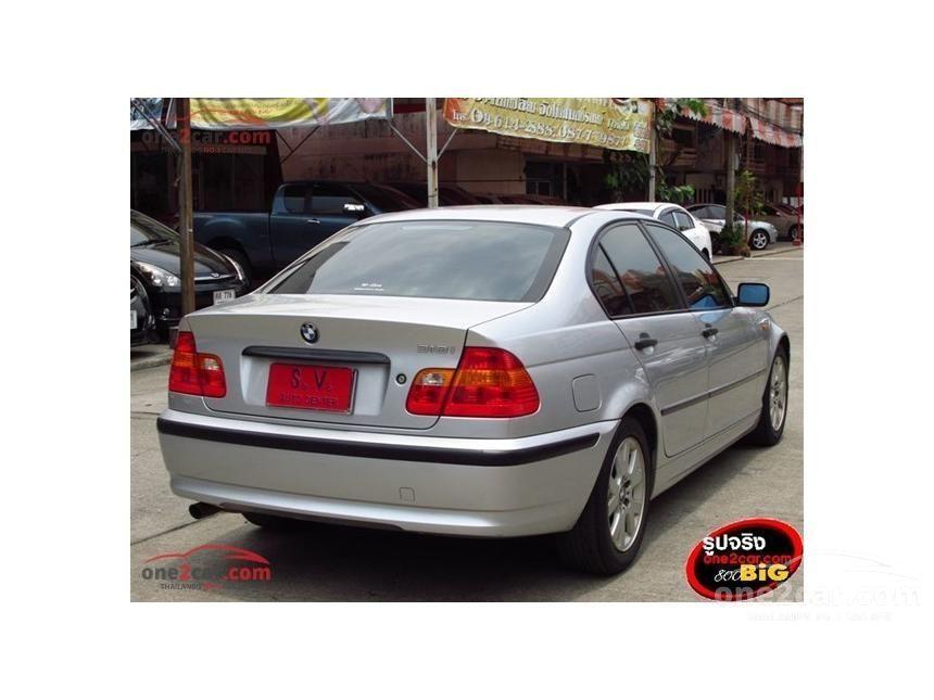 2002 BMW 318i Sedan