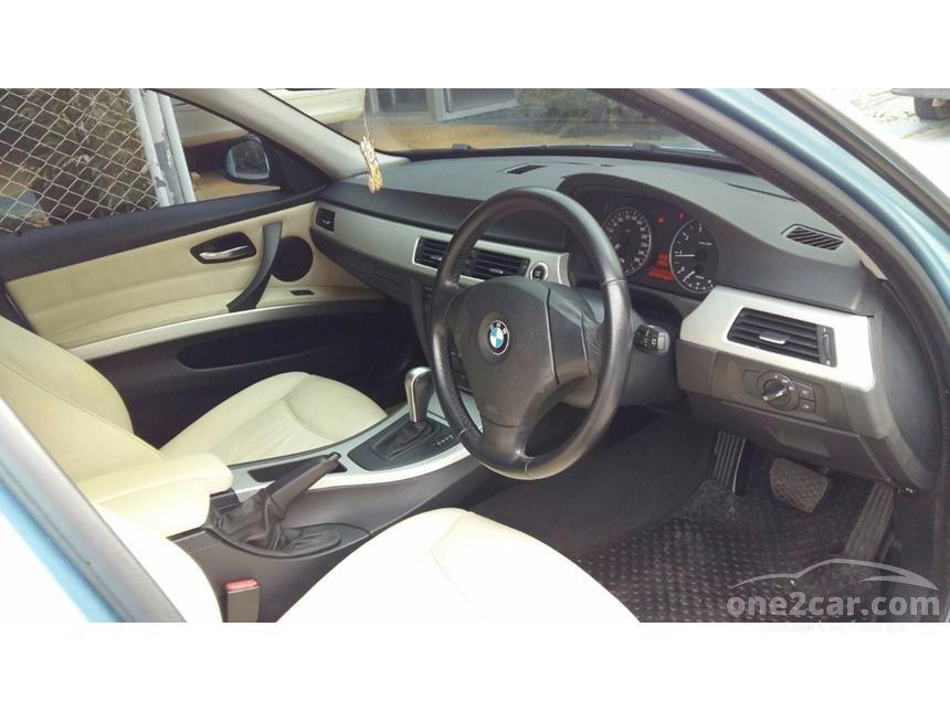 2009 BMW 318i Sedan