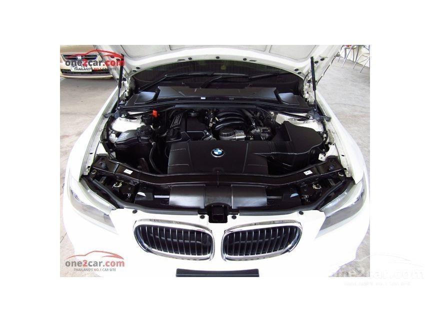 2012 BMW 318i Sedan