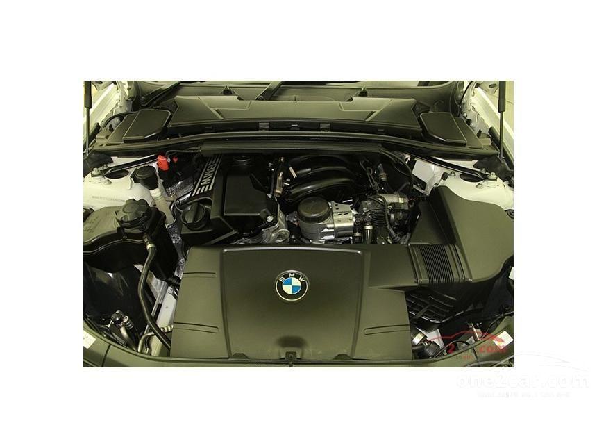 2011 BMW 318i Sedan