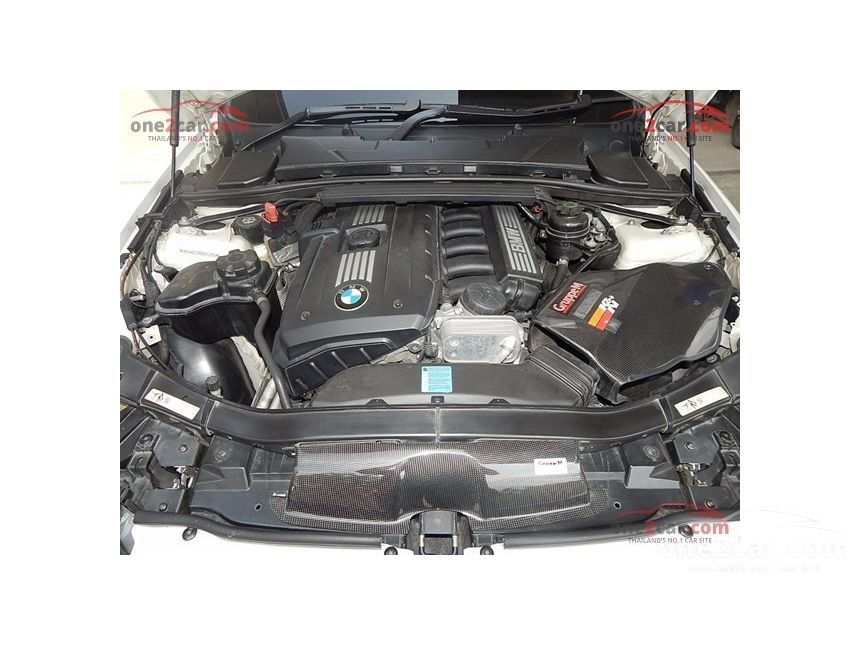 2009 BMW 320Ci Coupe