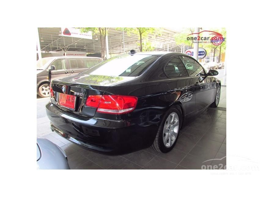 2012 BMW 320Ci Coupe