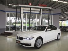 2016 BMW 320i F30 (ปี 11-16) 2.0 AT Sedan