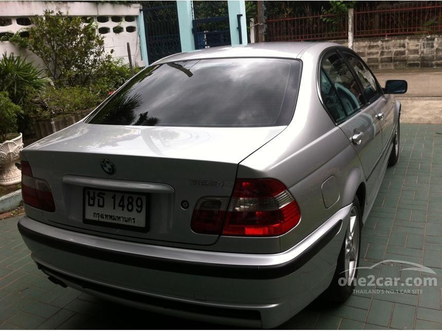 2004 BMW 323i SE Sedan