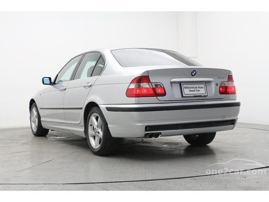2004 BMW 323i Sedan