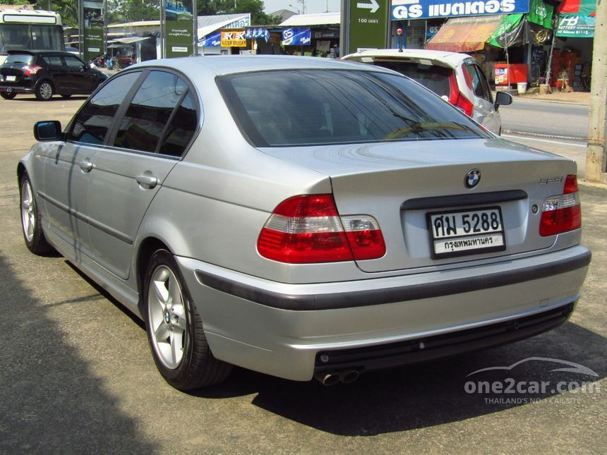 2005 BMW 323i Sedan